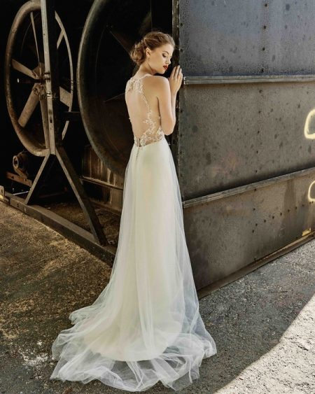 Back of Kayla wedding dress from the Elbeth Gillis Mystique 2018 collection