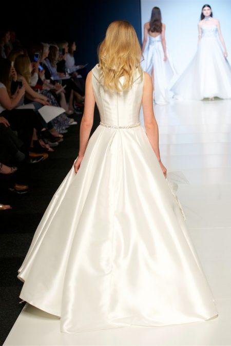 Back of Petra Wedding Dress from the Alan Hannah Veritas 2018 Collection