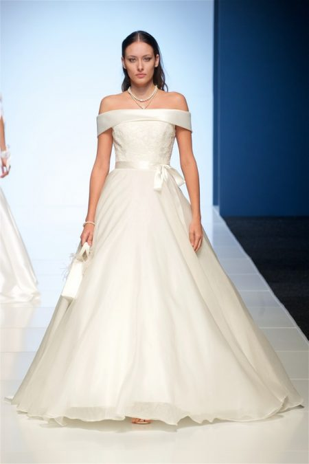 Rosanna Wedding Dress from the Alan Hannah Veritas 2018 Collection