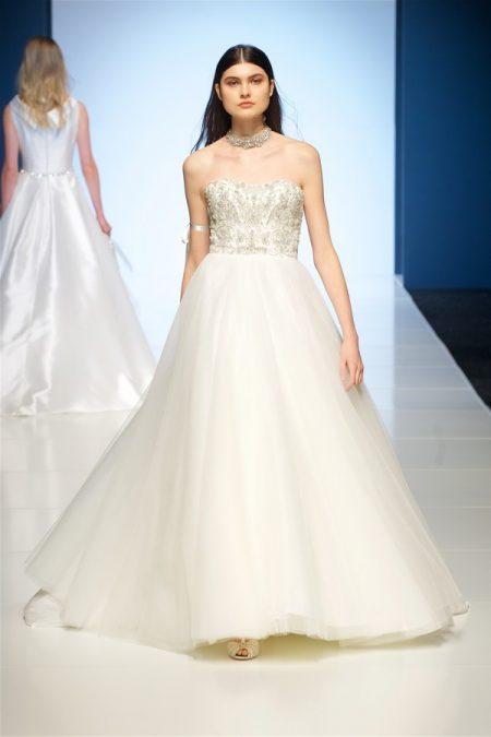 Roxanne Wedding Dress from the Alan Hannah Veritas 2018 Collection