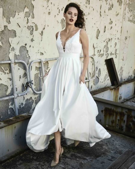 Sarah wedding dress from the Elbeth Gillis Mystique 2018 collection
