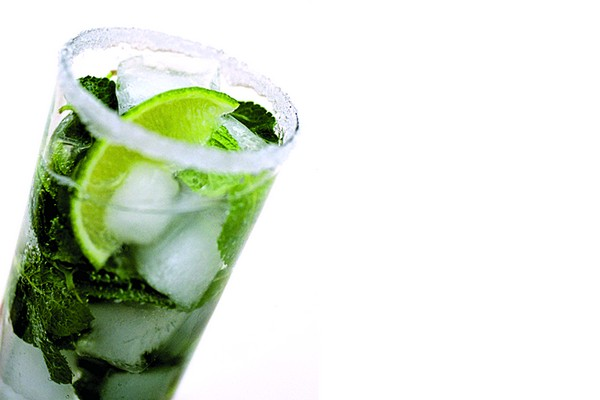 Soft Drink with Lime and Mint