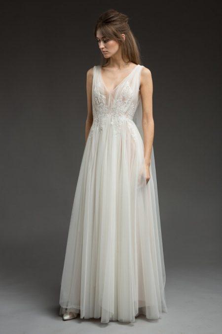 Story Wedding Dress from the Katya Katya Shehurina Morning Mist 2017-2018 Collection