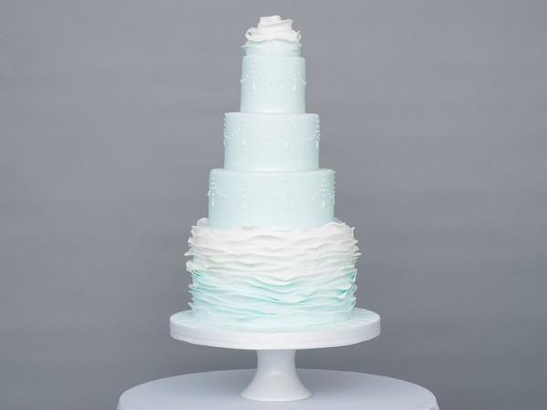 Winter Wishes Wedding Cake by GC Couture