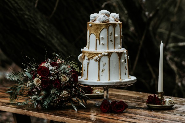 Wedding cake with drip detail
