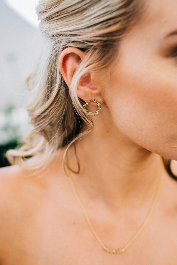Bride's round earrings