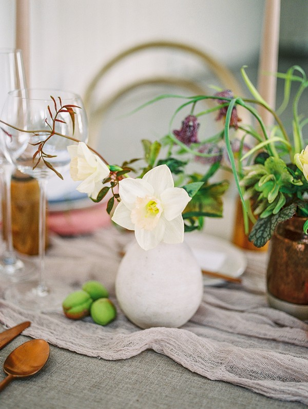 Small vase of wedding table flowers