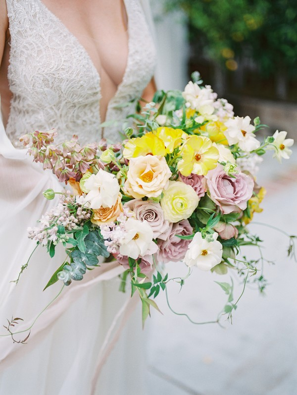 Large bridal bouquet with yellow and blush flowers