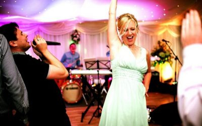 A Guide to Booking a Live Wedding Band