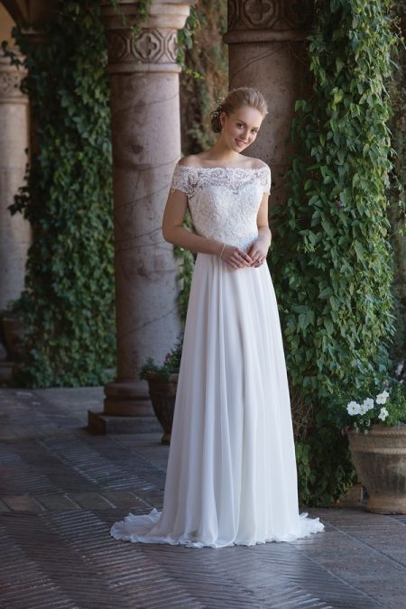 4003 Wedding Dress from the Sincerity Bridal SS18 Collection