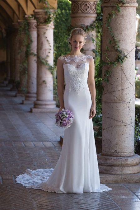 4005 Wedding Dress from the Sincerity Bridal SS18 Collection