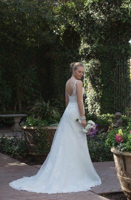 Back of 4013 Wedding Dress from the Sincerity Bridal SS18 Collection