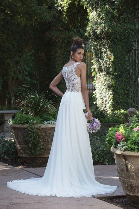Back of 4014 Wedding Dress from the Sincerity Bridal SS18 Collection