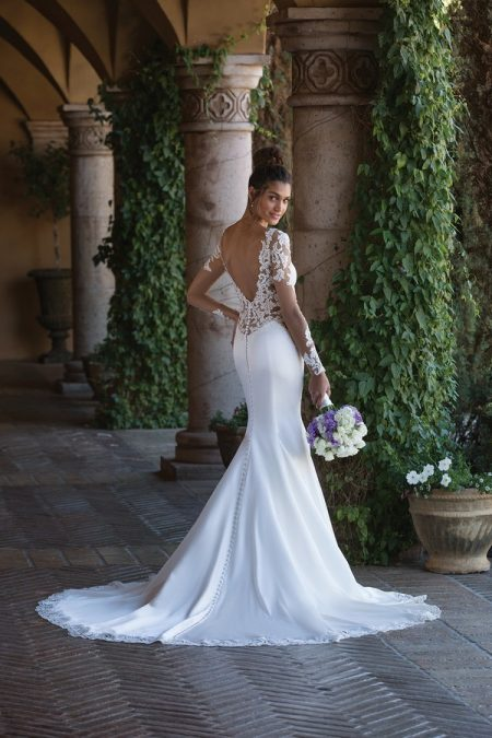 Back of 4015 Wedding Dress from the Sincerity Bridal SS18 Collection