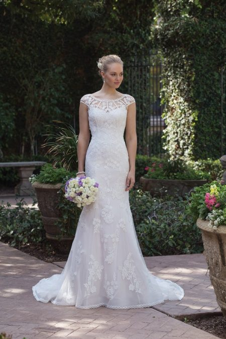 4018 Wedding Dress from the Sincerity Bridal SS18 Collection