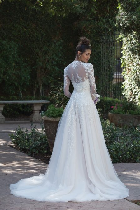 Back of 4019 Wedding Dress from the Sincerity Bridal SS18 Collection