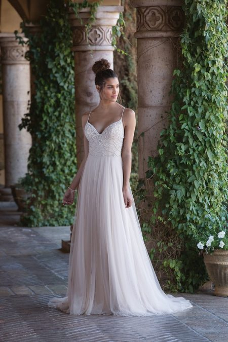 4028 Wedding Dress from the Sincerity Bridal SS18 Collection