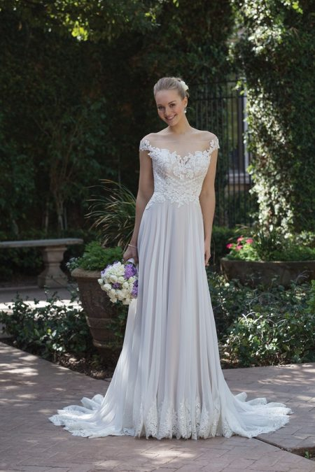 4030 Wedding Dress from the Sincerity Bridal SS18 Collection