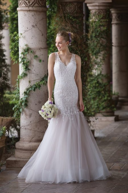 4033 Wedding Dress from the Sincerity Bridal SS18 Collection