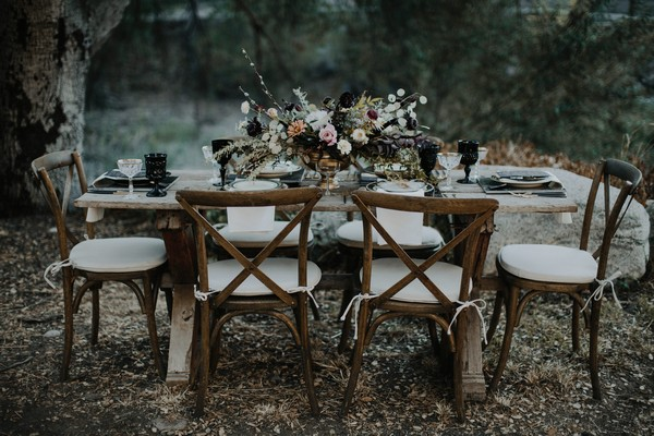 Wedding table with autumn styling