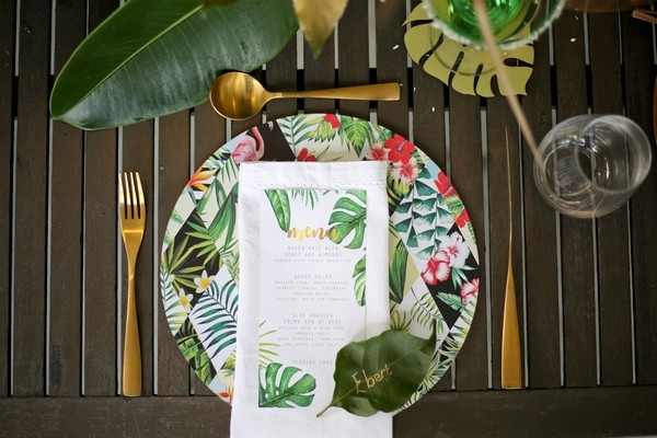 Wedding place setting with botanical wedding styling