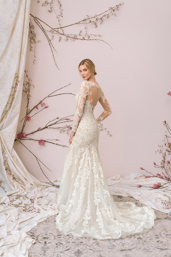 Back of 9892 Wedding Dress from the Justin Alexander Signature Spring/Summer 2018 Bridal Collection