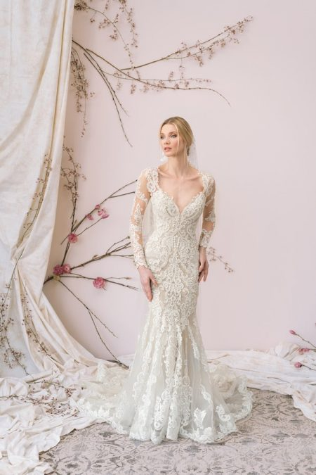 9892 Wedding Dress from the Justin Alexander Signature Spring/Summer 2018 Bridal Collection