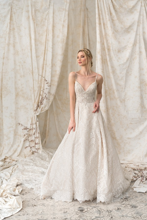 9895 Wedding Dress from the Justin Alexander Signature Spring/Summer 2018 Bridal Collection