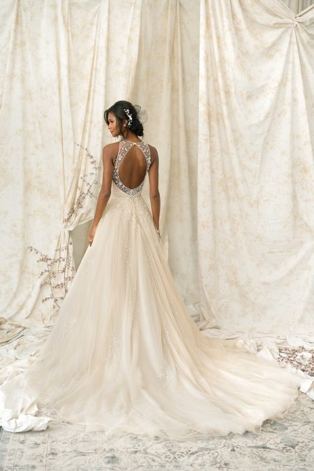 Back of 9900 Wedding Dress from the Justin Alexander Signature Spring/Summer 2018 Bridal Collection