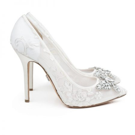 Farfalla Ivory Lace Pointy Toe Bridal Shoes by Aruna Seth