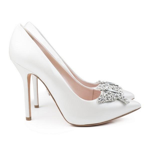 Farfalla Pearlised Ivory Leather Pointy Toe Bridal Shoes by Aruna Seth