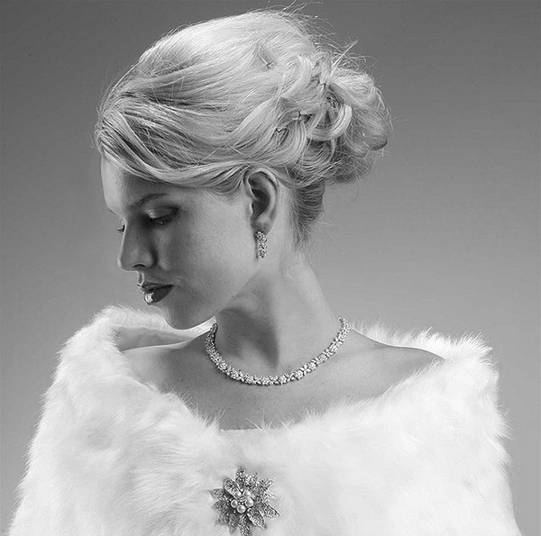 Faux Fur Wrap with Brooch Winter Bridal Accessory