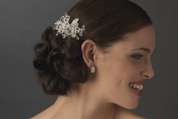 Wearing Silver Bridal Accessories with Style