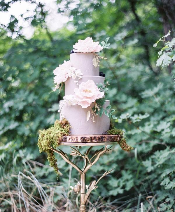 Lavender coloured wedding cake