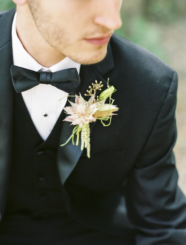 Groom's flower buttonhole