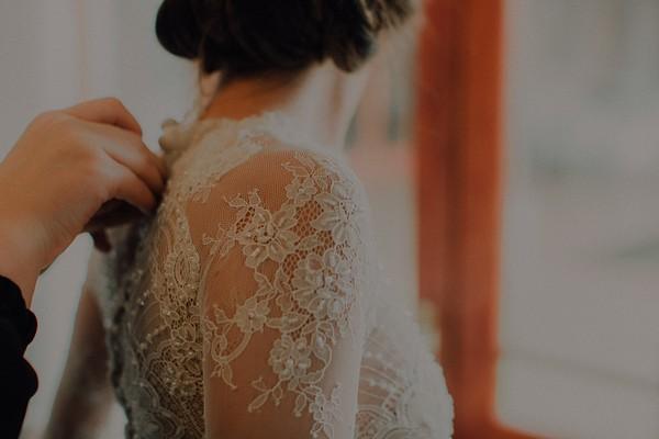 Lace detail on bride's wedding dress