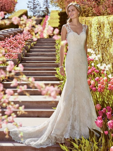 Shirley Wedding Dress from the Rebecca Ingram Juniper 2018 Bridal Collection