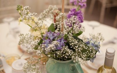 10 Ways to Save Money on Wedding Flowers
