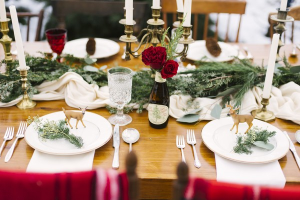 Winter wedding table styling