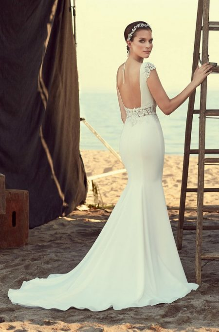 Back of 2181 Wedding Dress from the Mikaella Spring 2018