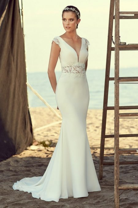 2181 Wedding Dress from the Mikaella Spring 2018