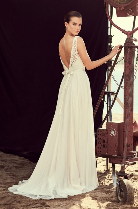 Back of 2193 Wedding Dress from the Mikaella Spring 2018