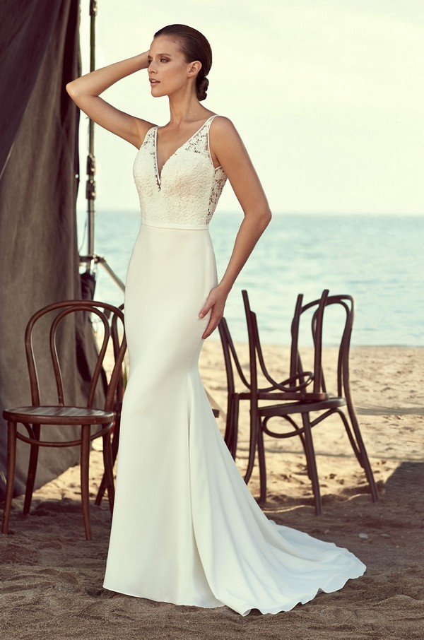 2195 Wedding Dress from the Mikaella Spring 2018