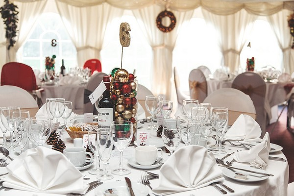 Wedding table with Christmas styling