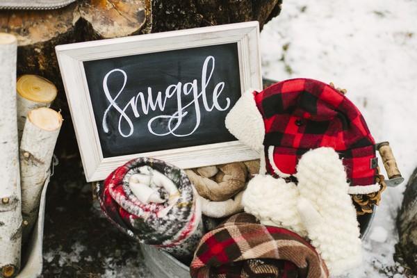 Snuggle sign