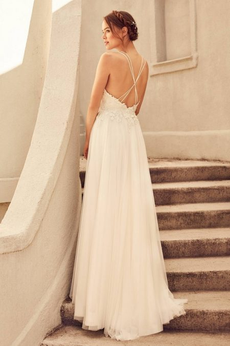 Back of 4782 Wedding Dress from the Paloma Blanca Spring 2018 Bridal Collection