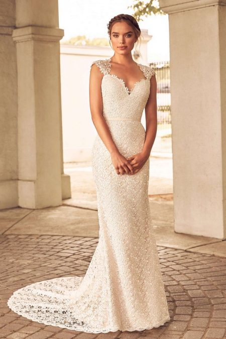 4784 Wedding Dress from the Paloma Blanca Spring 2018 Bridal Collection