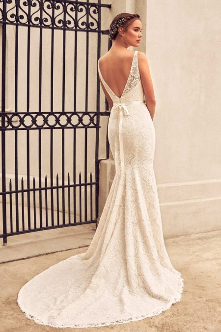 Back of 4791 Wedding Dress from the Paloma Blanca Spring 2018 Bridal Collection