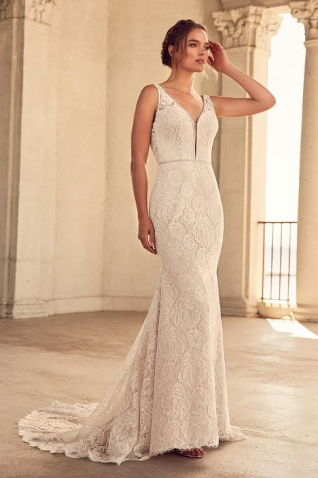 4792 Wedding Dress from the Paloma Blanca Spring 2018 Bridal Collection