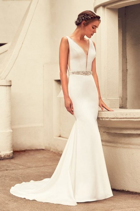 4796 Wedding Dress from the Paloma Blanca Spring 2018 Bridal Collection
